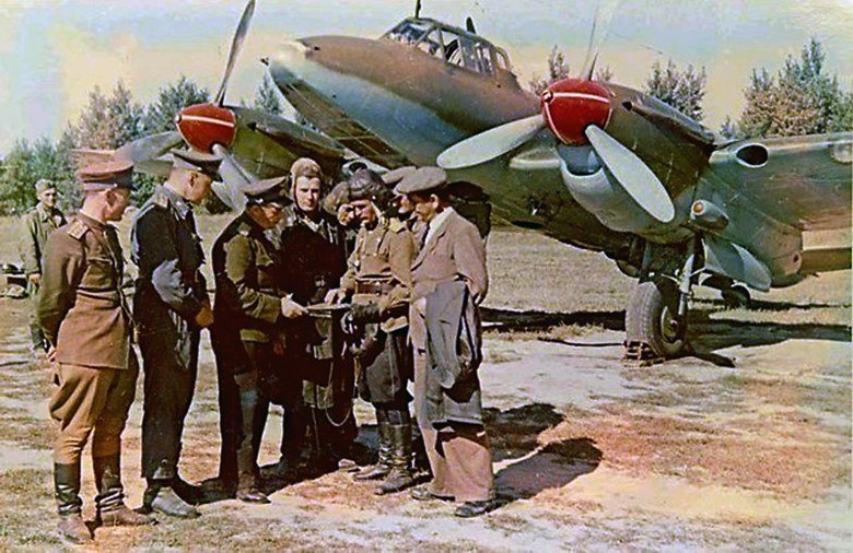 "Petlyakov Pe-2 ""Péchka"" & le 587ème GvBAP Pe2-510"