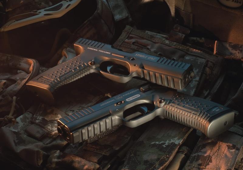 ปืนพกกึ่งอัตโนมัติที่ดีที่สุดในโลก  Untitl10