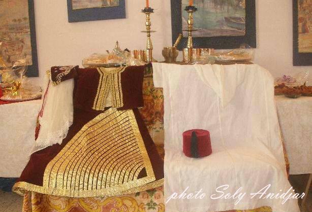 SOIR DU HENNE AVEC  LA KESOUA EL KBIRA (grande robe en arabe) 1115
