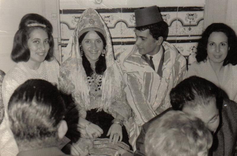 SOIR DU HENNE AVEC  LA KESOUA EL KBIRA (grande robe en arabe) Hina310