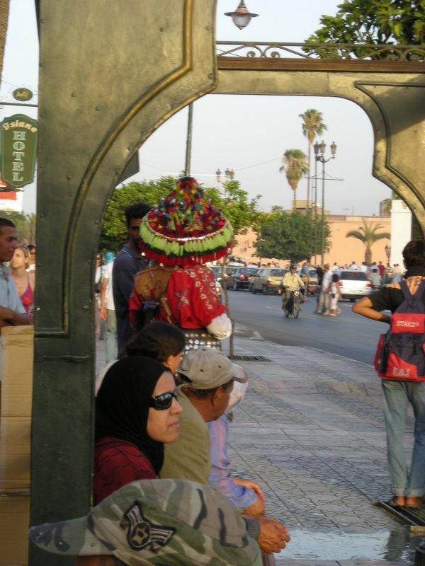 LES PORTEURS D'EAU, GHERABS DU MAROC Photo010