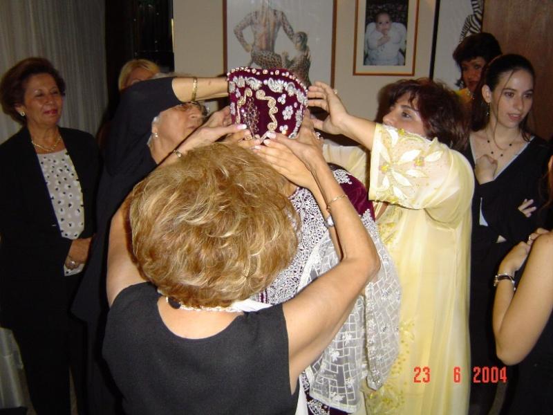 SOIR DU HENNE AVEC  LA KESOUA EL KBIRA (grande robe en arabe) - Page 2 Ponie_10