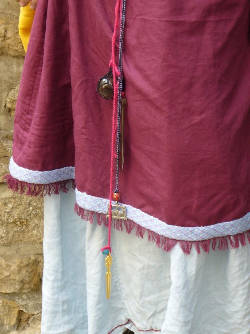 Costume féminin VIIème P1030611
