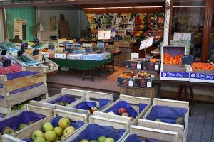 ISSOUDUN  - CENTRAL PRIMEURS SARL - Vente fruits et légumes Issoud20