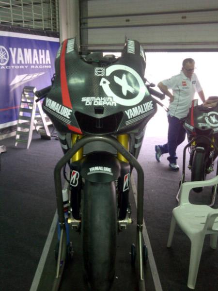 Yamaha M1 8dkte610