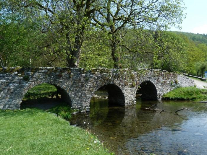 Vieux ponts de pierre en Ecosse Pont110