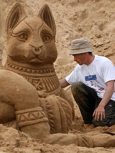 Sand sculptures Sand-c11