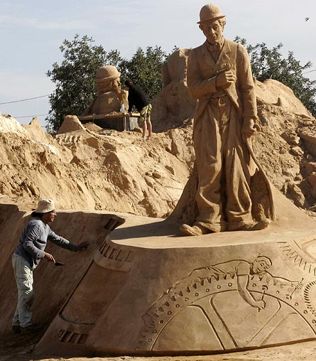 Sand sculptures Sand-c12