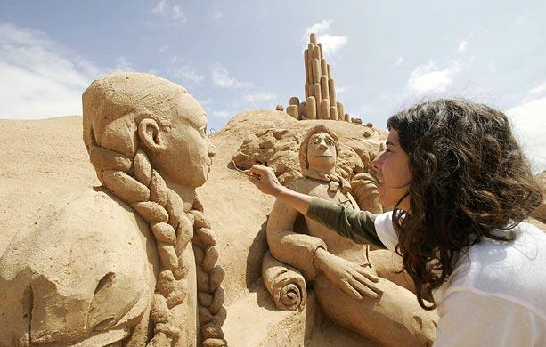 Sand sculptures Sand-w10