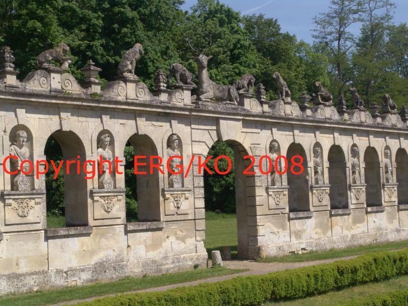 Enquête au Château fantastique de Raray Dsc01819