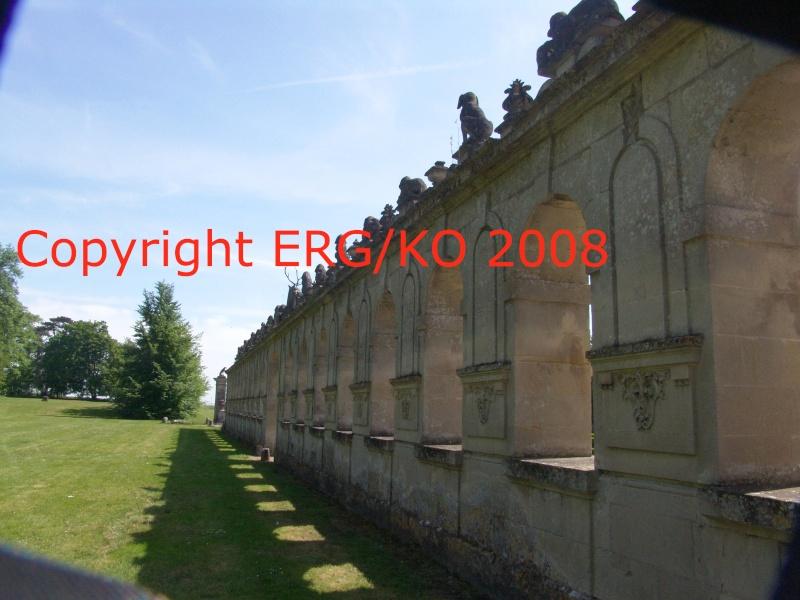 Enquête au Château fantastique de Raray Dsc01824