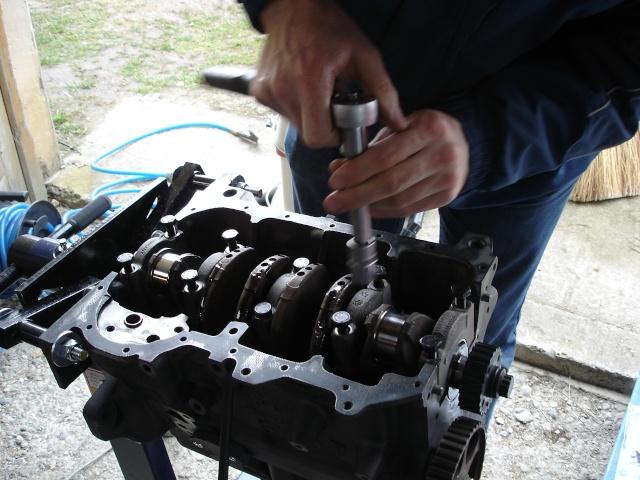 [ VW Golf 2 GTI an 85 ] pb de démarrage et révision moteur. - Page 4 Demi-p10