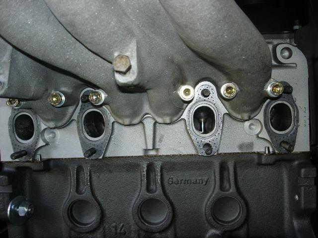[ VW Golf 2 GTI an 85 ] pb de démarrage et révision moteur. - Page 5 Joints10