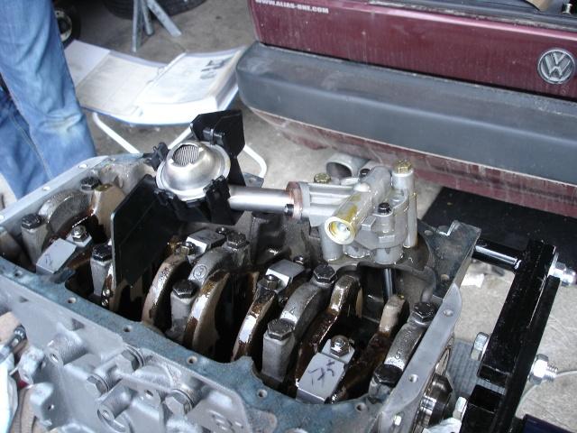 [ VW Golf 2 GTI an 85 ] pb de démarrage et révision moteur. - Page 4 Pompe_10