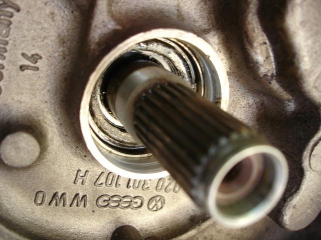 [ VW Golf 2 GTI an 85 ] pb de démarrage et révision moteur. - Page 5 Repose16
