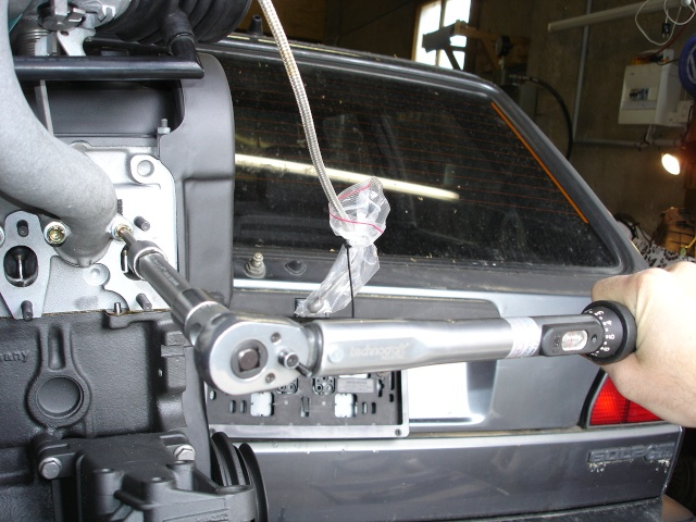 [ VW Golf 2 GTI an 85 ] pb de démarrage et révision moteur. - Page 5 Serrag16