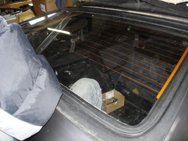 [ VW Golf 2 GTI an 85 ] pb de démarrage et révision moteur. - Page 4 Vitre_10