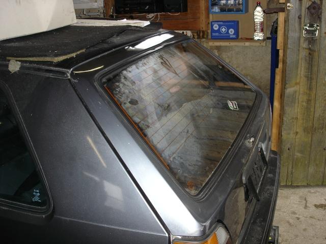 [ VW Golf 2 GTI an 85 ] pb de démarrage et révision moteur. - Page 4 Vitre_11