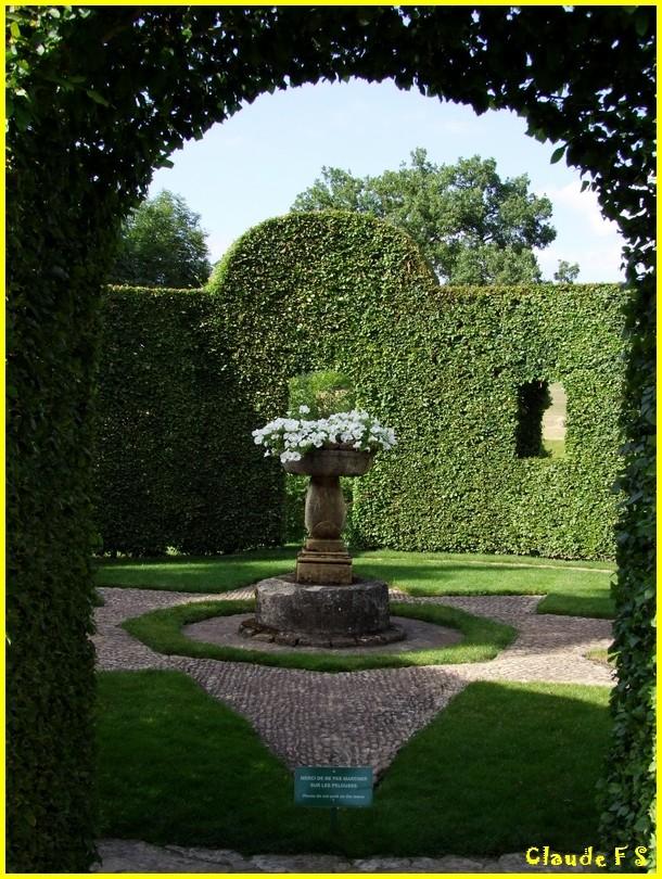 Les Jardins du Manoir d' Eyrignac en Dordogne Jardin35