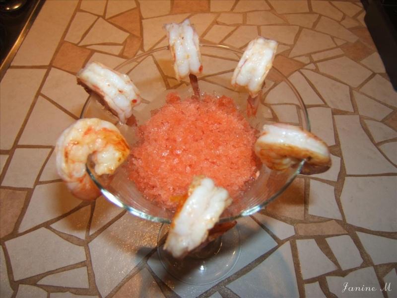 Cocktail de crevettes et granité de tomate !! Dscf0135