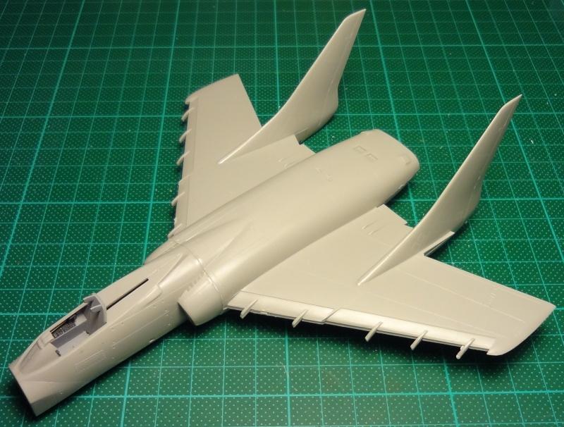 [Fujimi 1/72] F7U-3P Cutlass F7u_0113