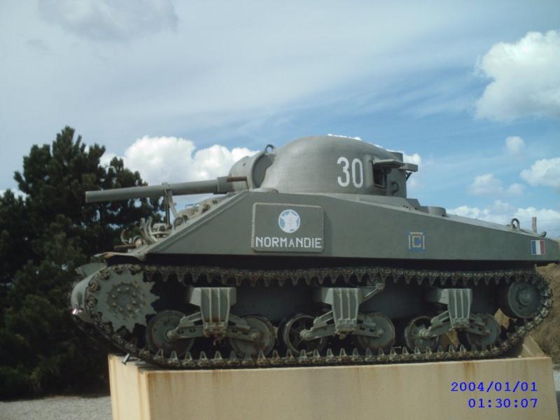 SHERMAN M4-A1 au 1/35è par l'ancien Sunp0114