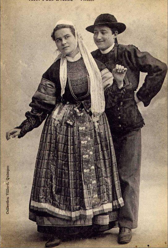 datation costume féminin bigouden - Page 2 Bigoud15