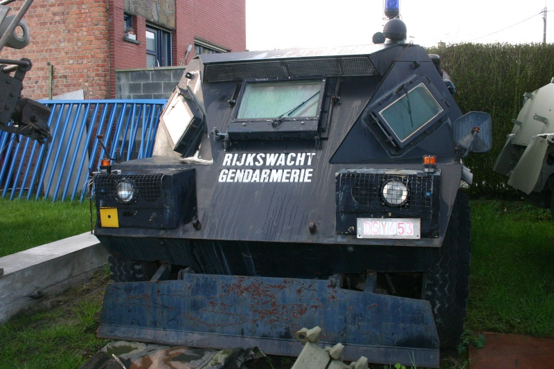 Police,CRS, Gendarmerie, Douanes (tous pays) - Page 2 Img_3510
