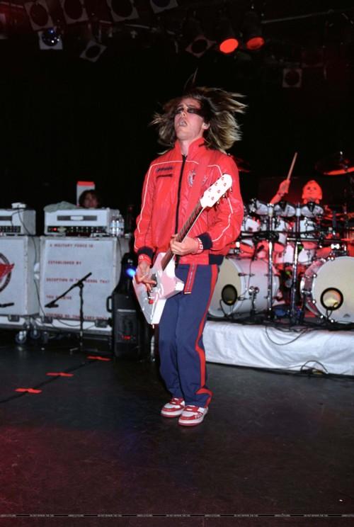 Review de concert (21 Février 2004 @ The Roxy) 00812