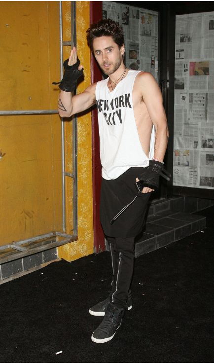 [2011] Jared Leto © Barneys New York Celebrates Carine Roitfeld - 10 Septembre 2011 12010
