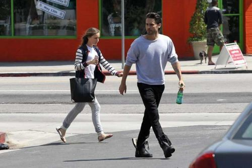 Jared Leto - Los Angeles / 7 mai 2012 [candids] Jared-21