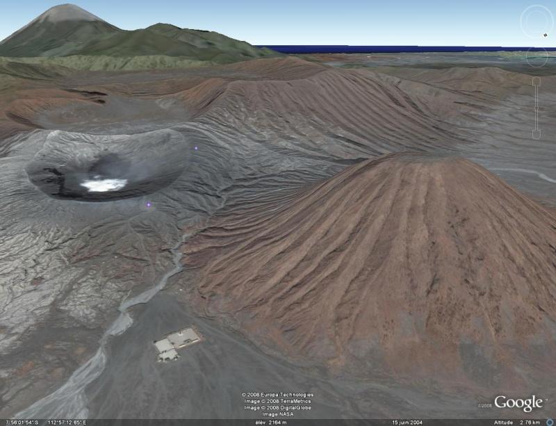 "Temple hindou ""Gunung"" volcan Bromo - Page 3 Java-b10"