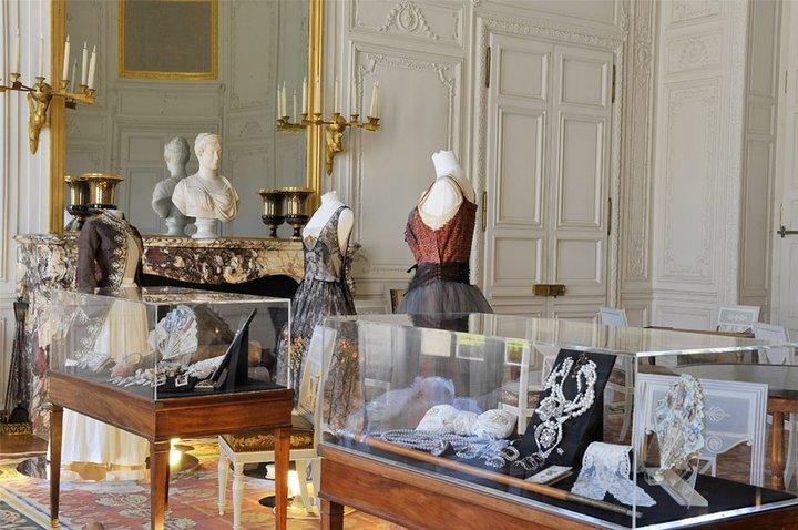 2011 - Le XVIIIe au goût du jour 26362410