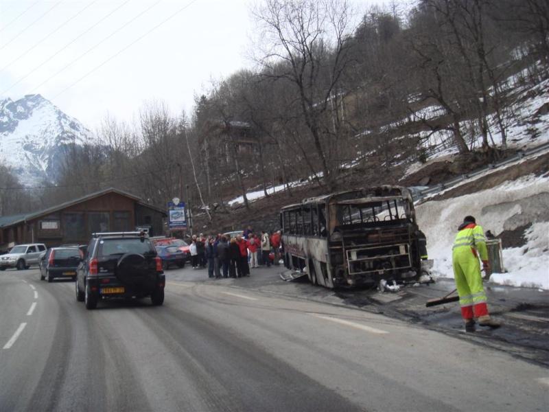 Incendie d'un bus Dsc06313