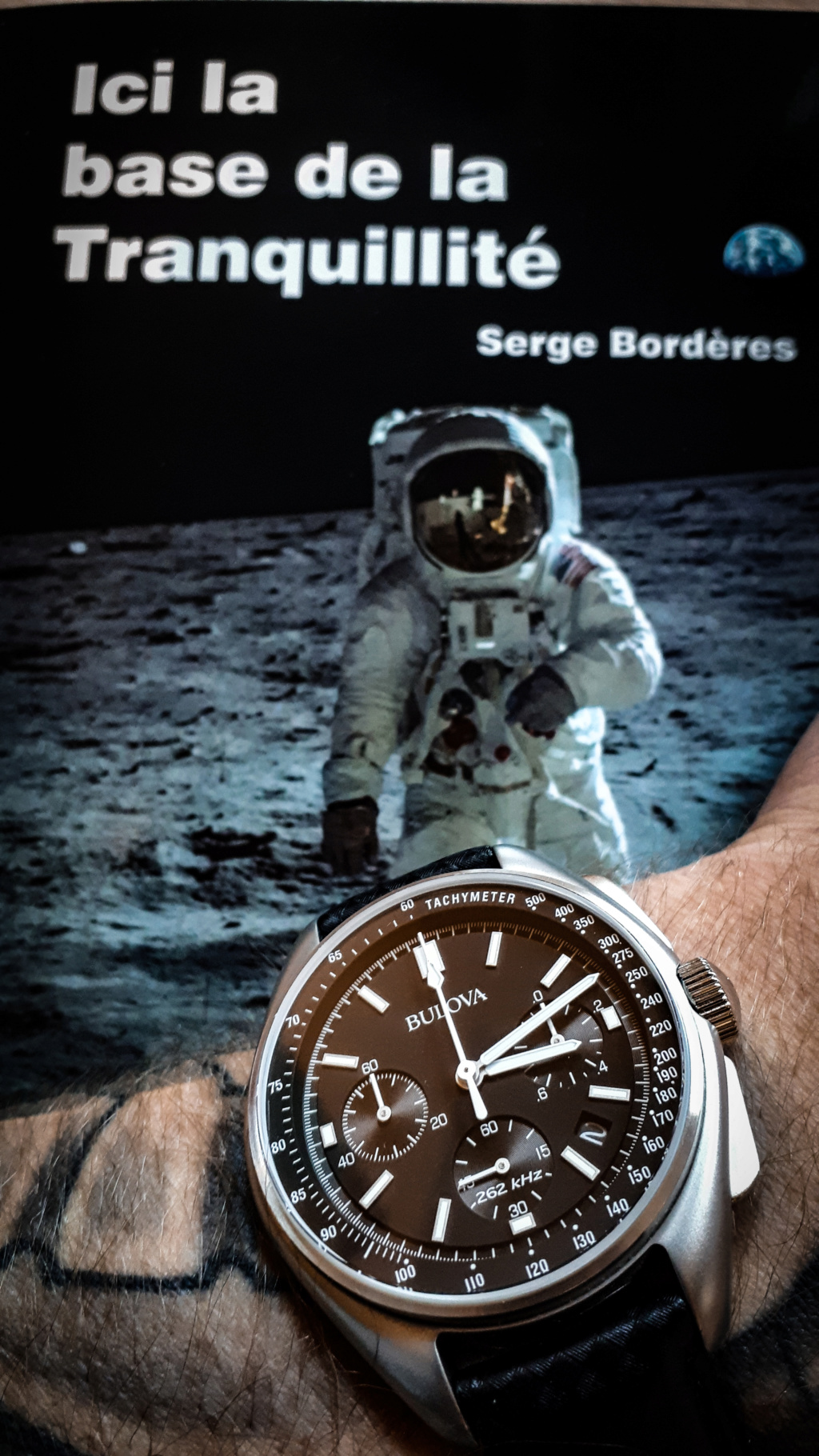 Moon watch BULOVA - Page 2 1m10