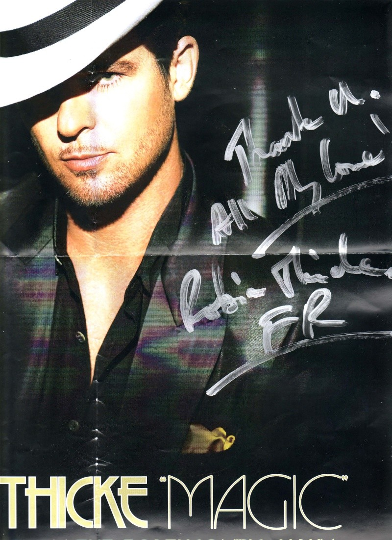 Robin Thicke nous dédicace un Poster!!! My_ded10