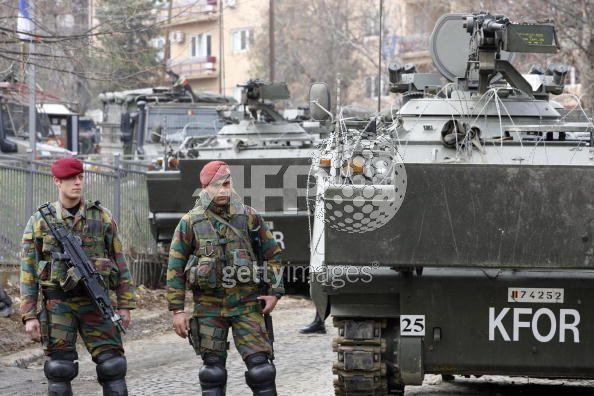 Kosovo - KFOR : les news - Page 3 00_1_k10