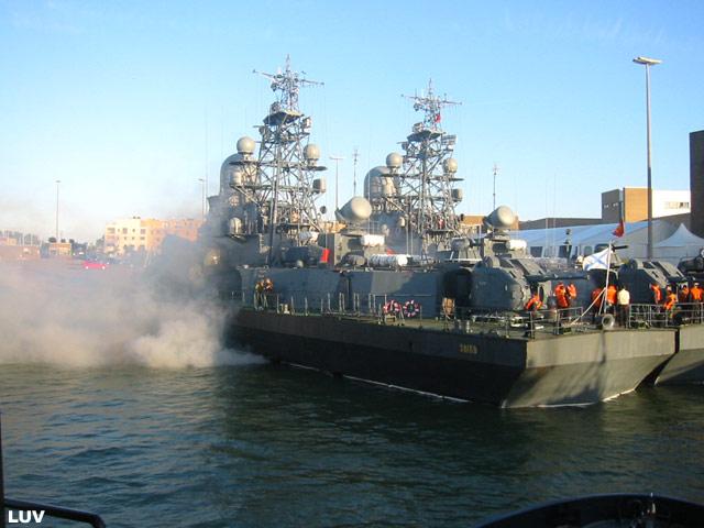 Départ des navires après les portes ouvertes 01_rus11
