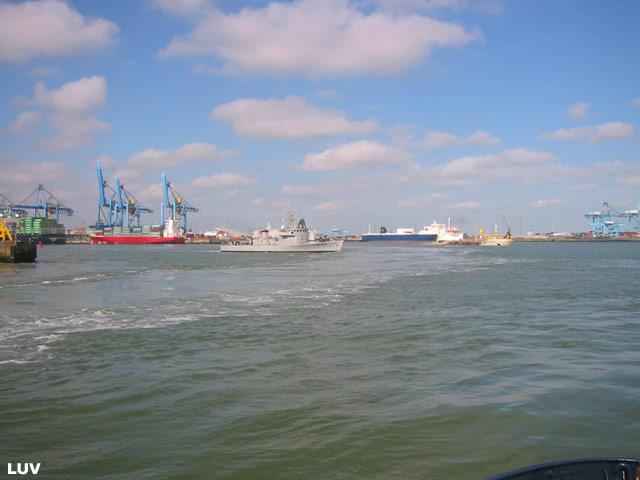 Départ des navires après les portes ouvertes 04_le_11