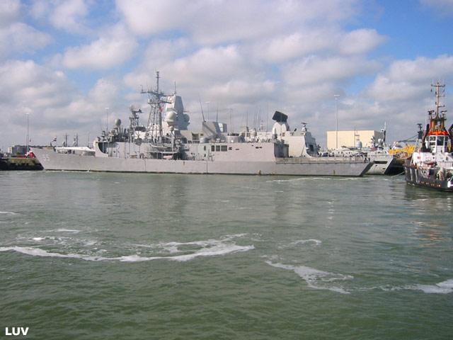 Départ des navires après les portes ouvertes 06_elr11