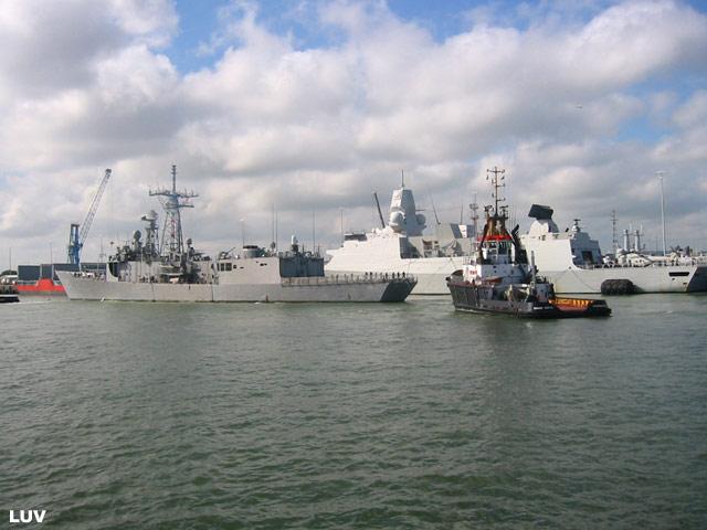 Départ des navires après les portes ouvertes 07_elr11