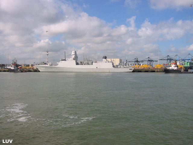 Départ des navires après les portes ouvertes 16_de_11
