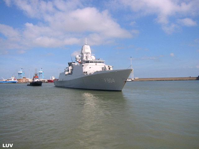 Départ des navires après les portes ouvertes 18_de_11