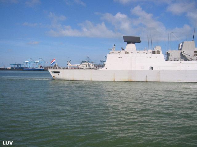 Départ des navires après les portes ouvertes 21_de_11