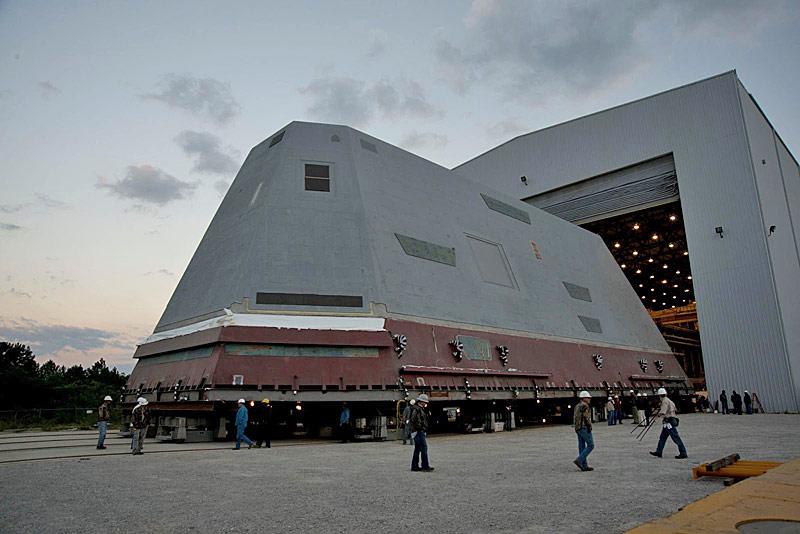 DDG-1000 Zumwalt le nouveau joujou de la marine américaine ! 23423010