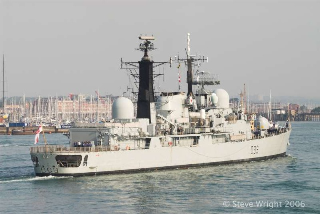 Type 42 Class destroyer - Page 2 26151010