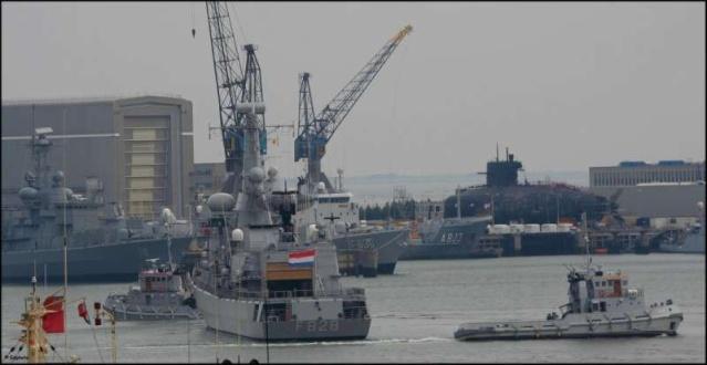M-klasse fregatten (Karel Doorman M-class frigates) 30560510
