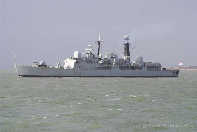 Type 42 Class destroyer - Page 2 31706010