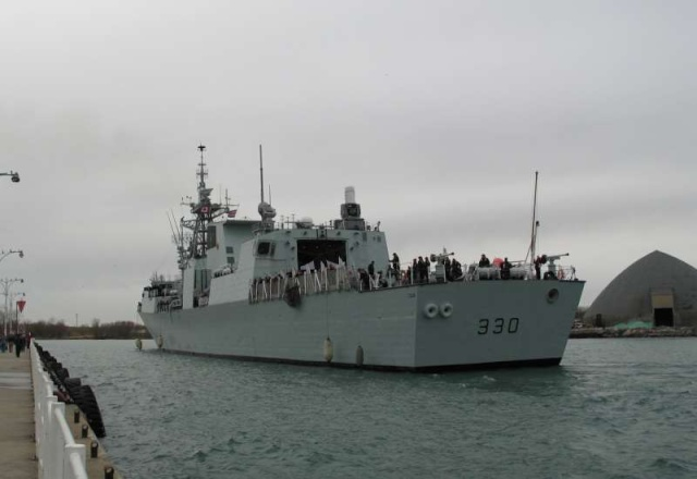 Canadian Navy - Marine Canadienne 40469810