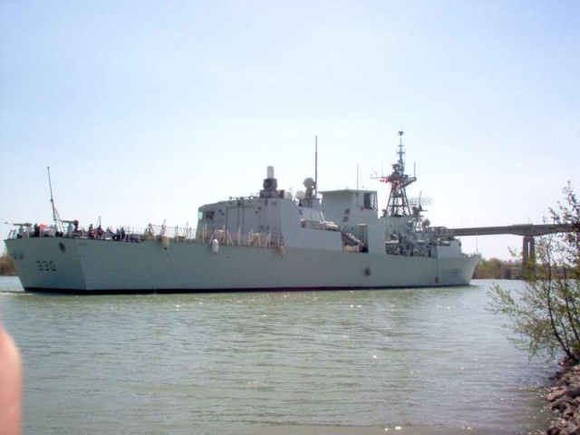 Canadian Navy - Marine Canadienne 42245310